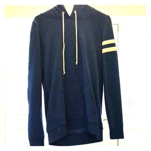 Blue Victoria Sweatshirt